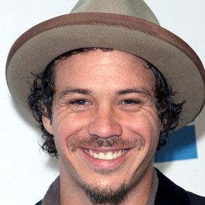 Michael Raymond-James 1 of 5