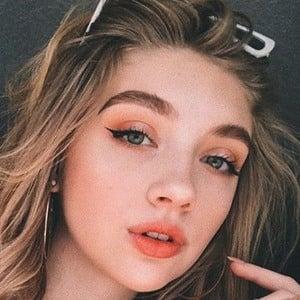 Katie Renae 1 of 6