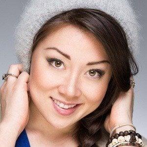 Fiona Rene 1 of 6
