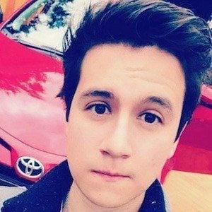 Miguel Revelo 1 of 4