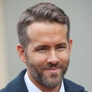 Ryan Reynolds 1 of 10