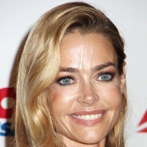 Denise Richards 1 of 10