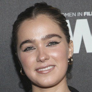 Haley Lu Richardson 1 of 5
