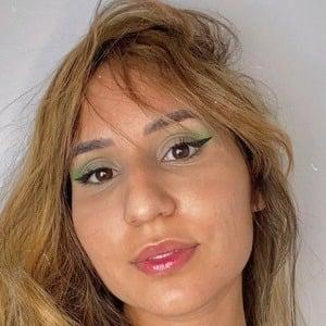 Cinthia Rodrigues 1 of 6