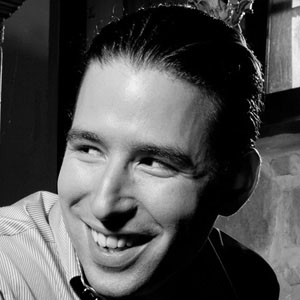 Alfredo Rodríguez Headshot