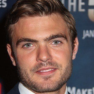 Alex Roe 1 of 5