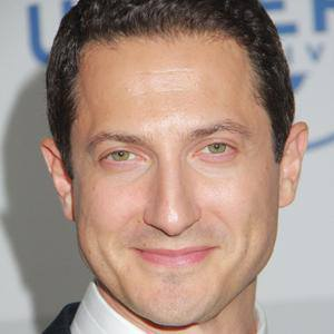 Sasha Roiz 1 of 3