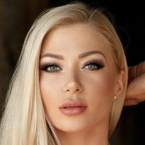 Elena Romanova 1 of 5