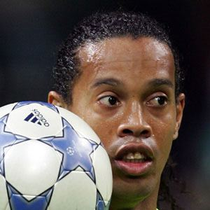 Ronaldinho 1 of 7