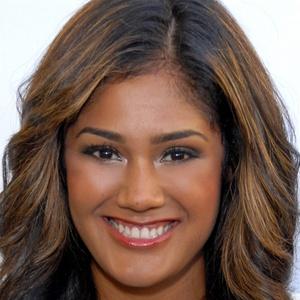 Bianca Rosales Headshot