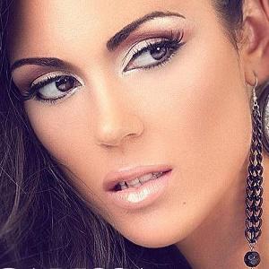 Carissa Rosario 1 of 6