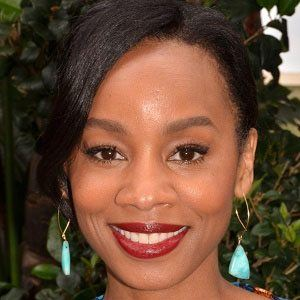 Anika Noni Rose 1 of 10