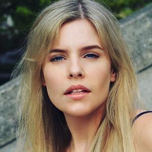 Jenna Rosenow 1 of 6