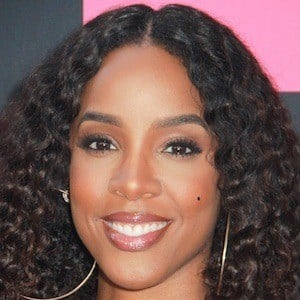 Kelly Rowland 1 of 10
