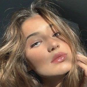 Marianna Rozmajzl 1 of 10