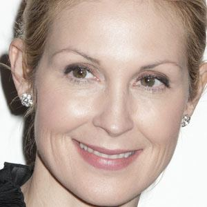 Kelly Rutherford 1 of 10