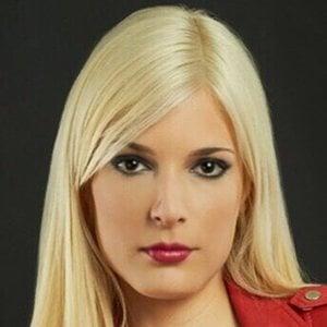 Denise Sáez 1 of 6