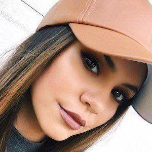 Jasmine Sagginario 1 of 4