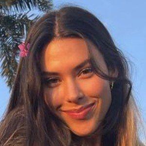 Daniela Salazar C. 1 of 6