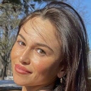 Mia Salazar 1 of 7