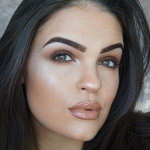 Julia Salvia 1 of 3