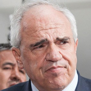 Ernesto Samper Headshot