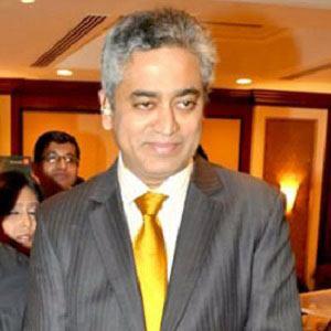 Rajdeep Sardesai Headshot