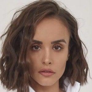 Savina Nicole 1 of 10