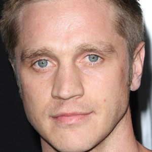Devon Sawa 1 of 6