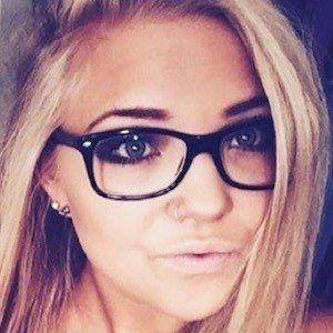 Ashley Schmidt 1 of 5