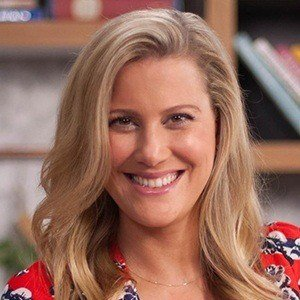 Justine Schofield Headshot 1 of 6