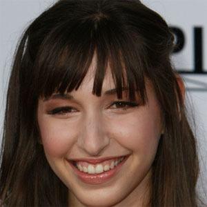 Lucy Schwartz Headshot