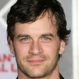 tom everett scott height