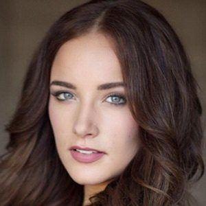 Lara Sebastian 1 of 5