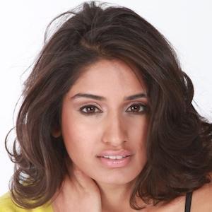 Nikki Shah Nude Photos 93