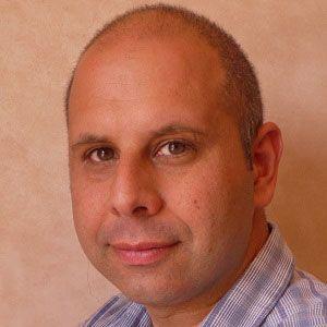 Tahir Shah Headshot