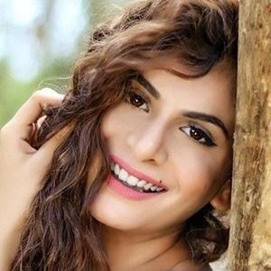 Isha Anand Sharma 1 of 6