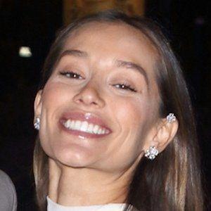 Anna Sharypova Headshot