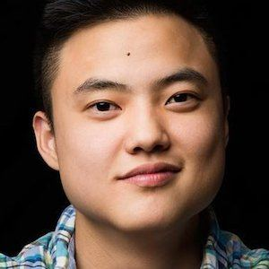 Leo Sheng 1 of 7