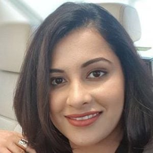 Heena Sidhu 1 of 4
