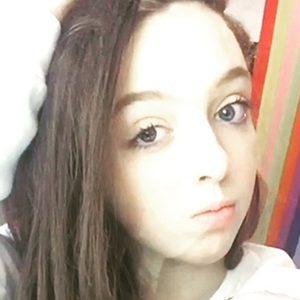 Carla Silver 1 of 7