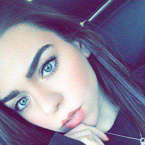 Sienna Skelly 1 of 6