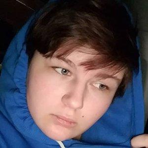 Savannah Skoviak Headshot