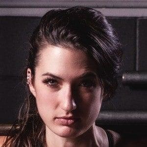 Amelia Skye 1 of 6