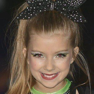 Lexi Smith 1 of 9