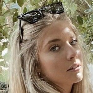 Lauren Snyder 1 of 10