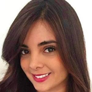 Mayra Solari 1 of 5