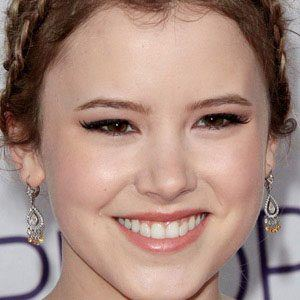 Taylor Spreitler 1 of 10
