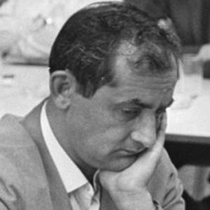 Leonid Stein Headshot