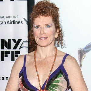Amy Stiller - Bio, Facts, Family | Famous Birthdays